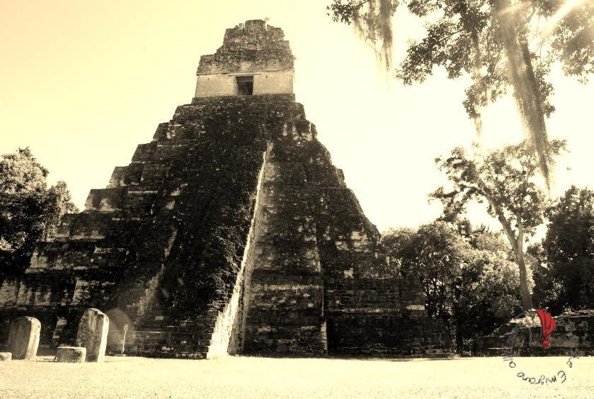 Donna Tikal Guatemala