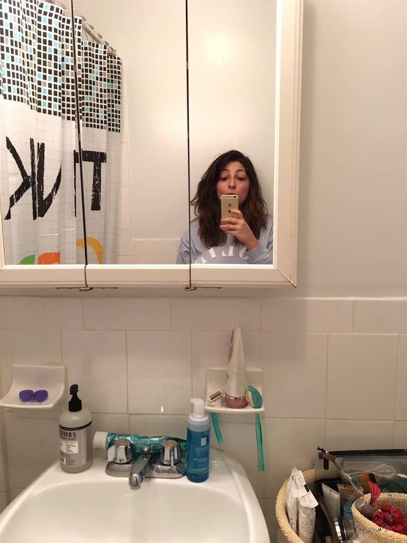 Il mio bagno newyorchese donne che emigrano all 39 estero - Donne che vanno in bagno a cagare ...