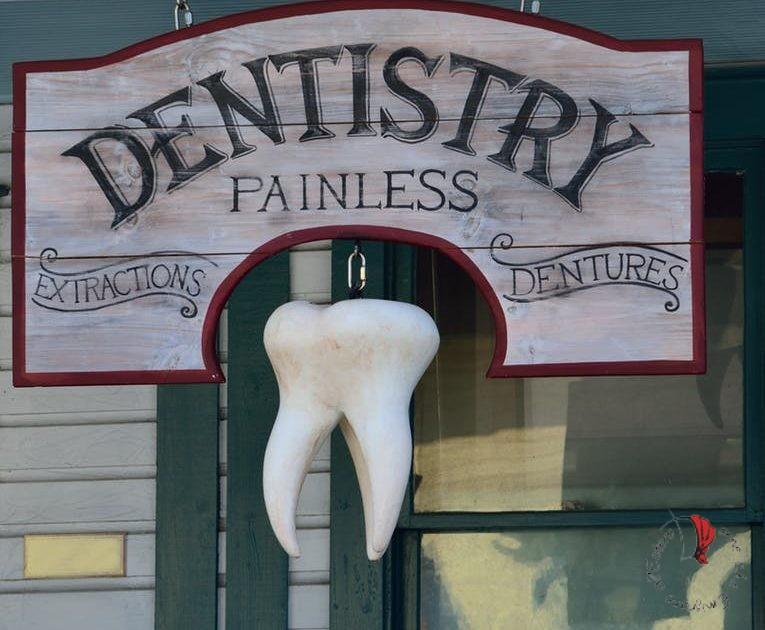 insegna di un dentista