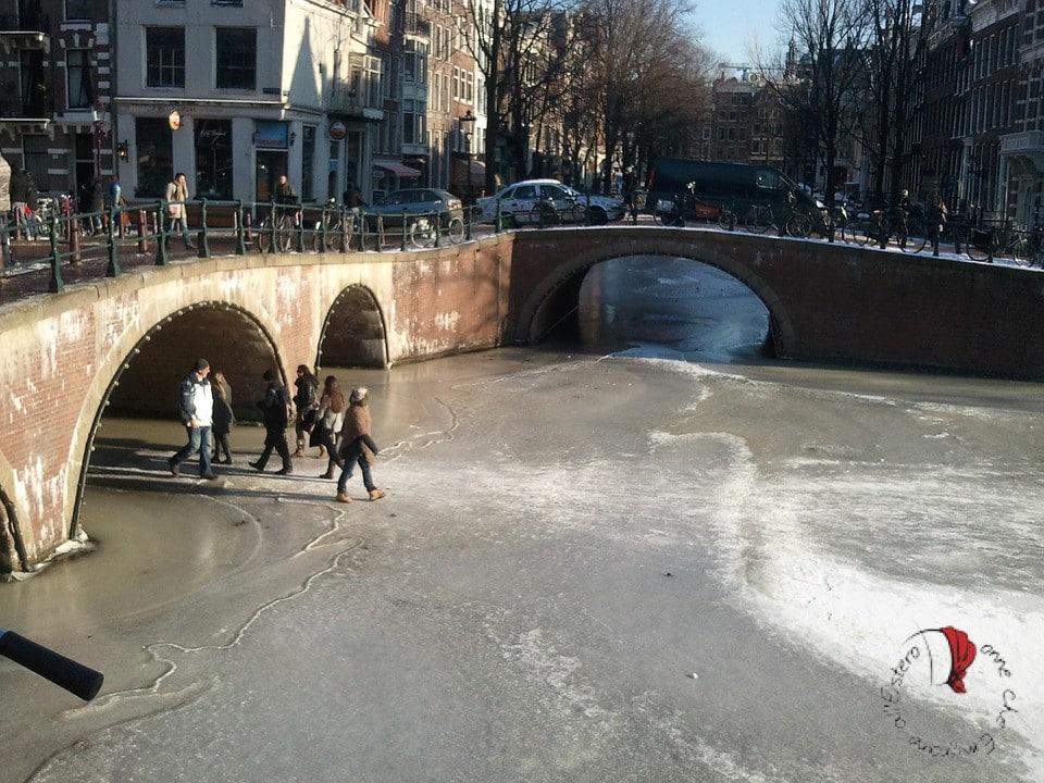 amsterdam-canale-ghiaccio