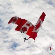 paracadute-canada-bandiera