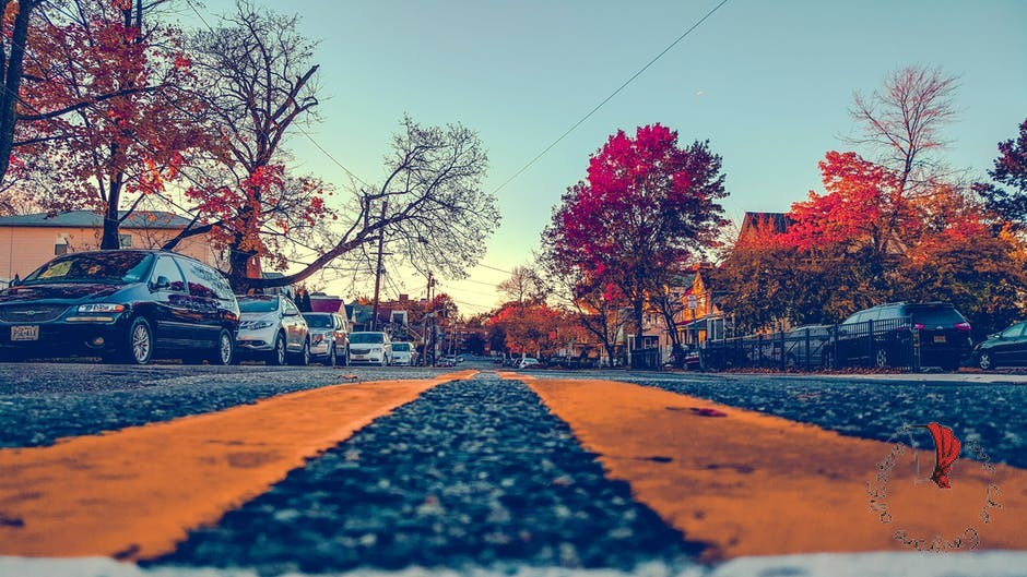 strada-parcheggi-ordinati