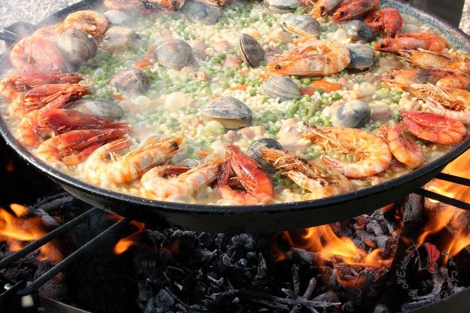 paella-spagnola-pesce