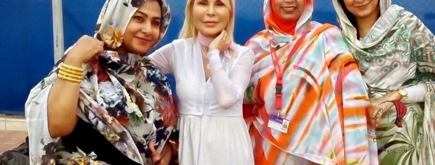 Antonella con Sudanesi