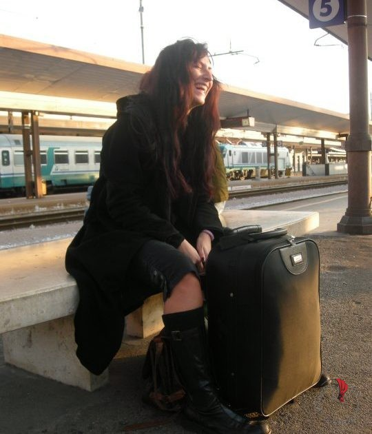 paola-valigia-nera