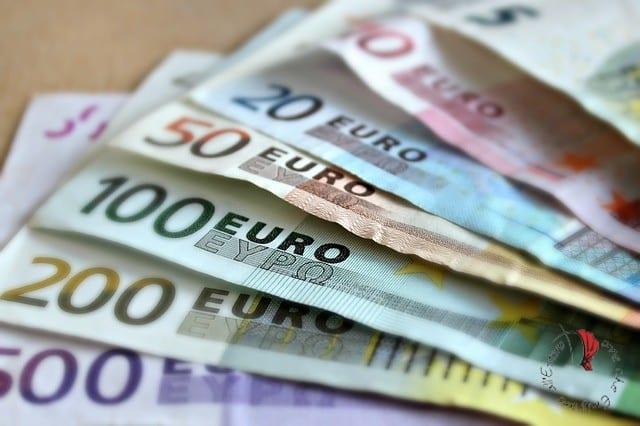 denaro-banconote
