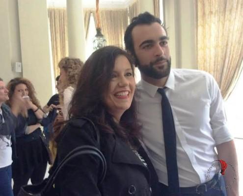 Elisabetta Bagli con Marco Mengoni all'Ambasciata di Madrid