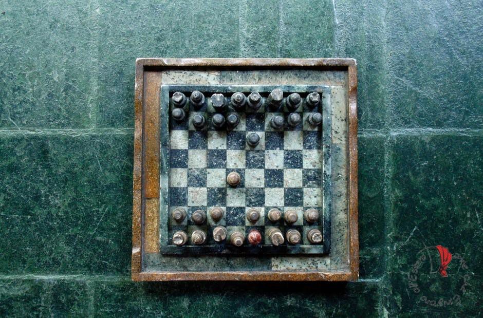 scacchisti-bilingue