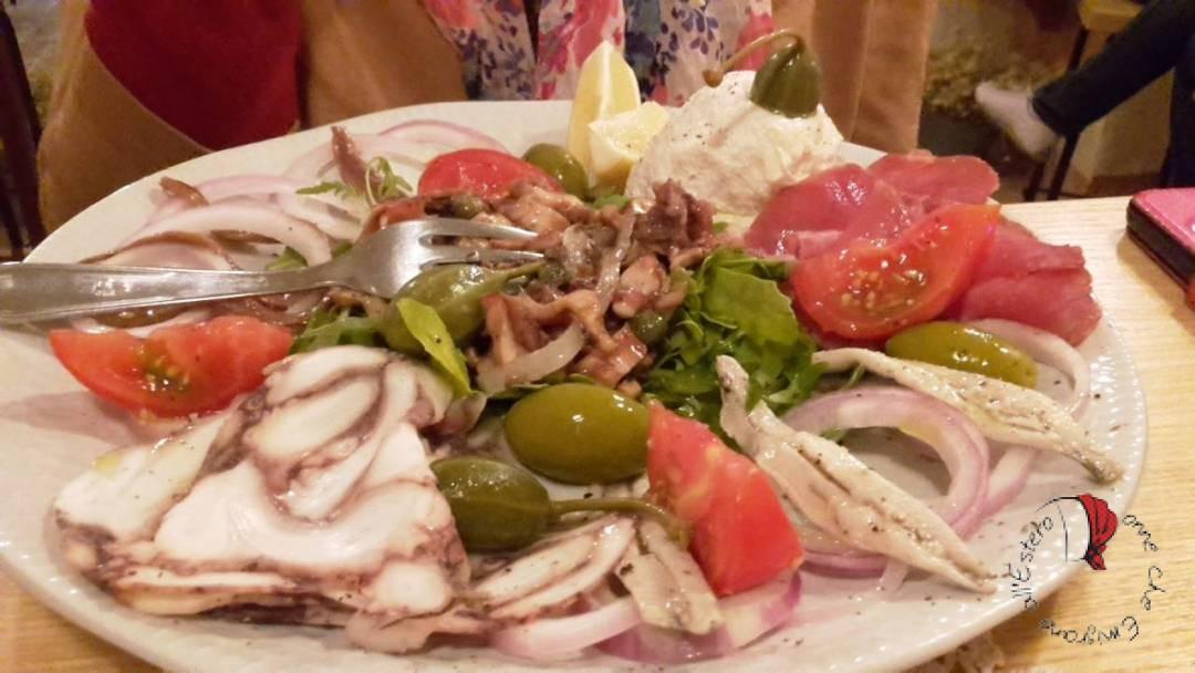 Vacanze In Croazia Viaggio Sullisola Di Krk Donne Che Emigrano