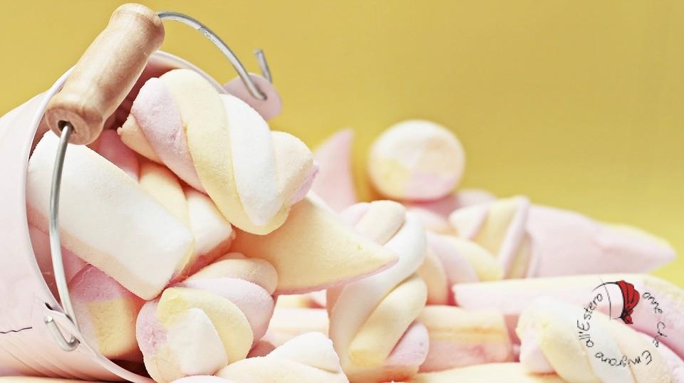 secchiello-marshmallows-caramelle
