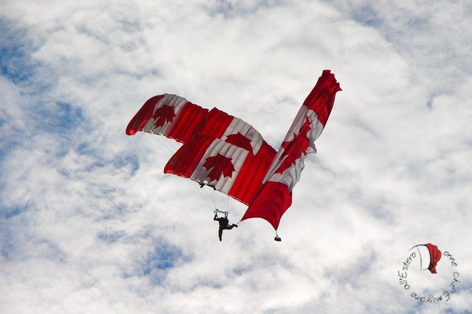 paracadute-bandiera-canada