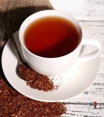 Una tazza di roiboos caldo