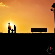 tramonto-famiglia-panchina