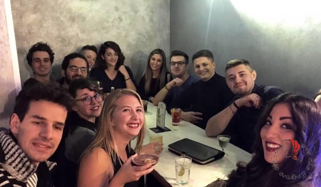 amici-gruppo-cena
