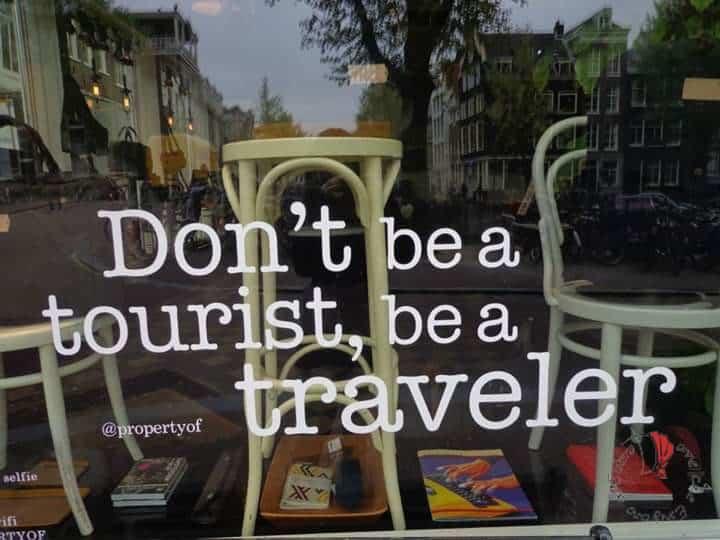 amsterdam-tourist-traveller