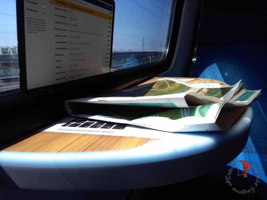 interno-treno-finestrino
