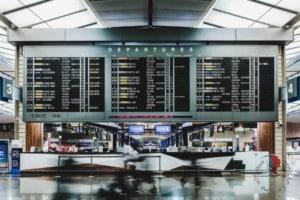 tabellone-partenze-aeroporto