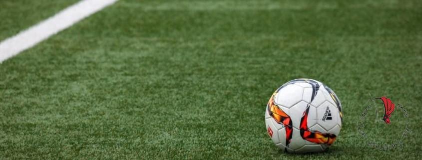 pallone-calcio-campo