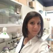 chiara-camice-laboratorio