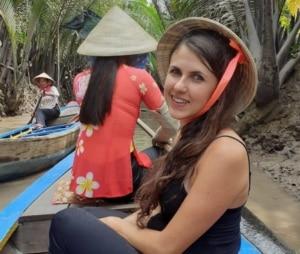 ragazza cappello vietnam