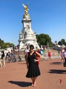 io - Victoria memorial