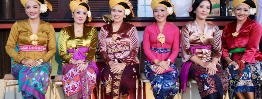 donne-bali-cerimonia