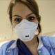 infermiera-londra-mascherina