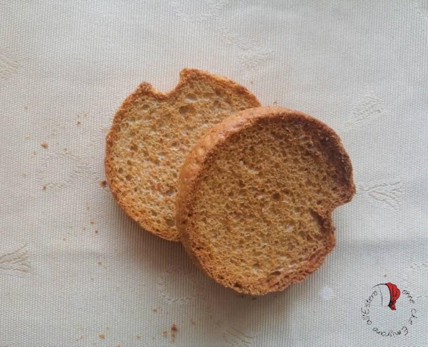 fette-biscottate-buco