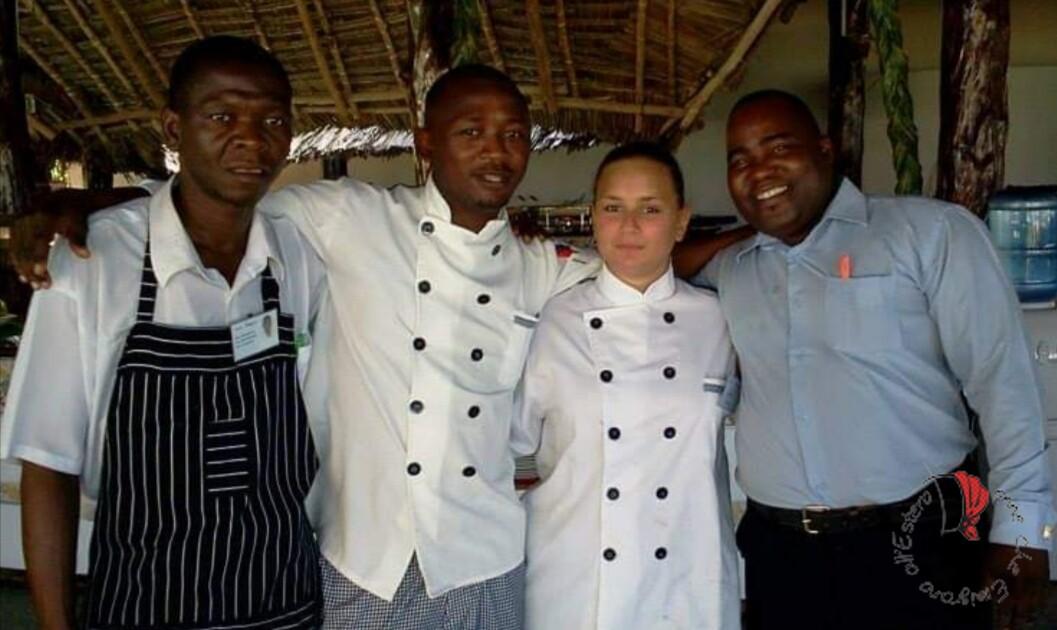 Cristina al lavoro a Zanzibar