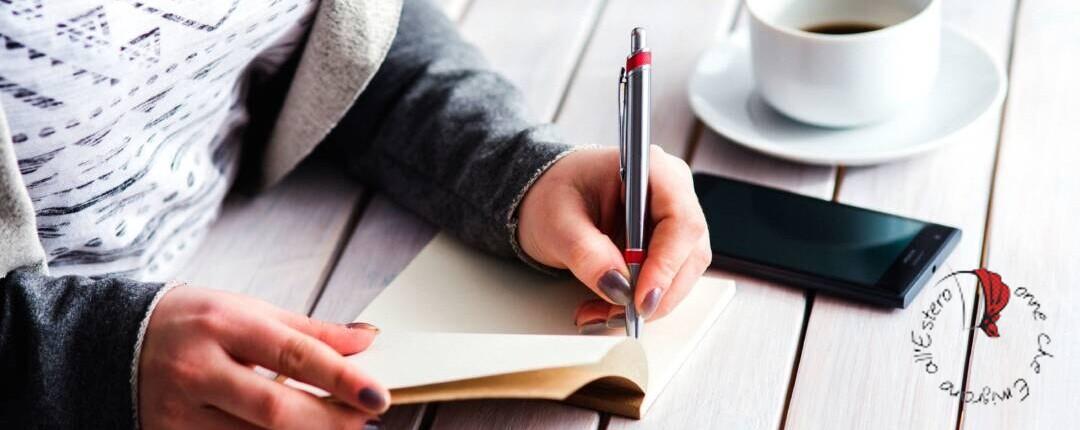 donna scrive