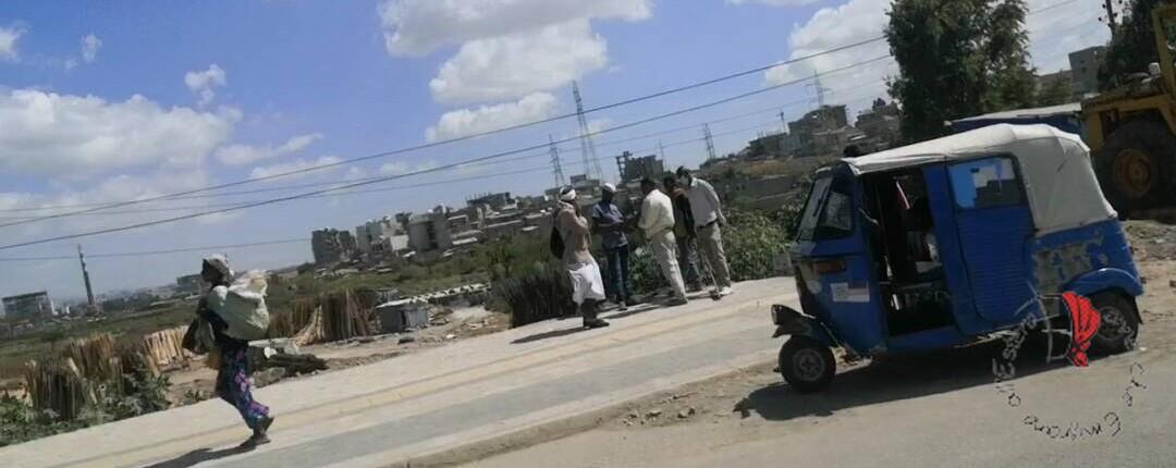 tipico esemplare di Ape che possiamo trovare nella periferia di Addis