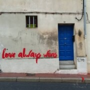 street-art-portone-blu